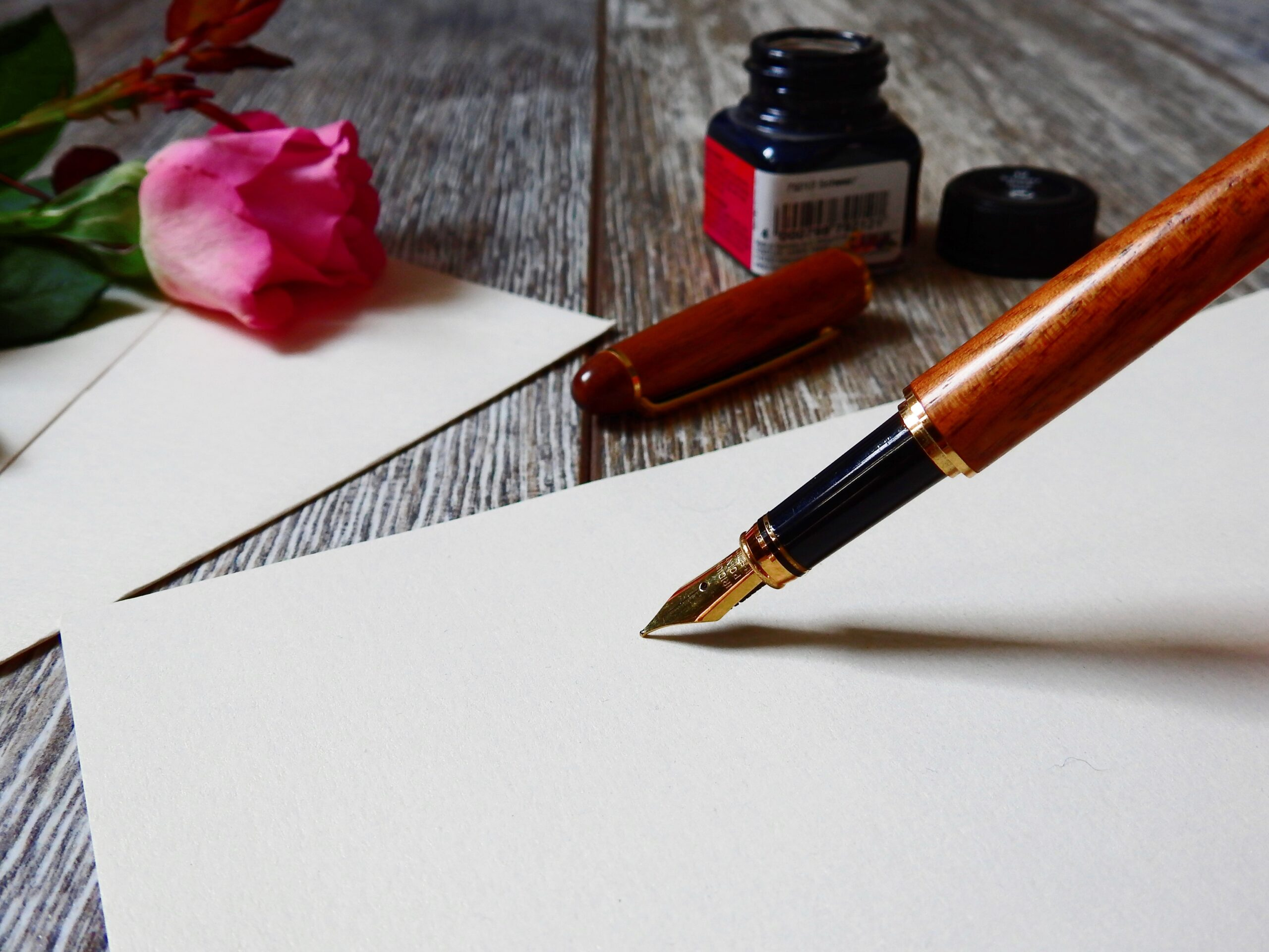 fountain pen with paper
